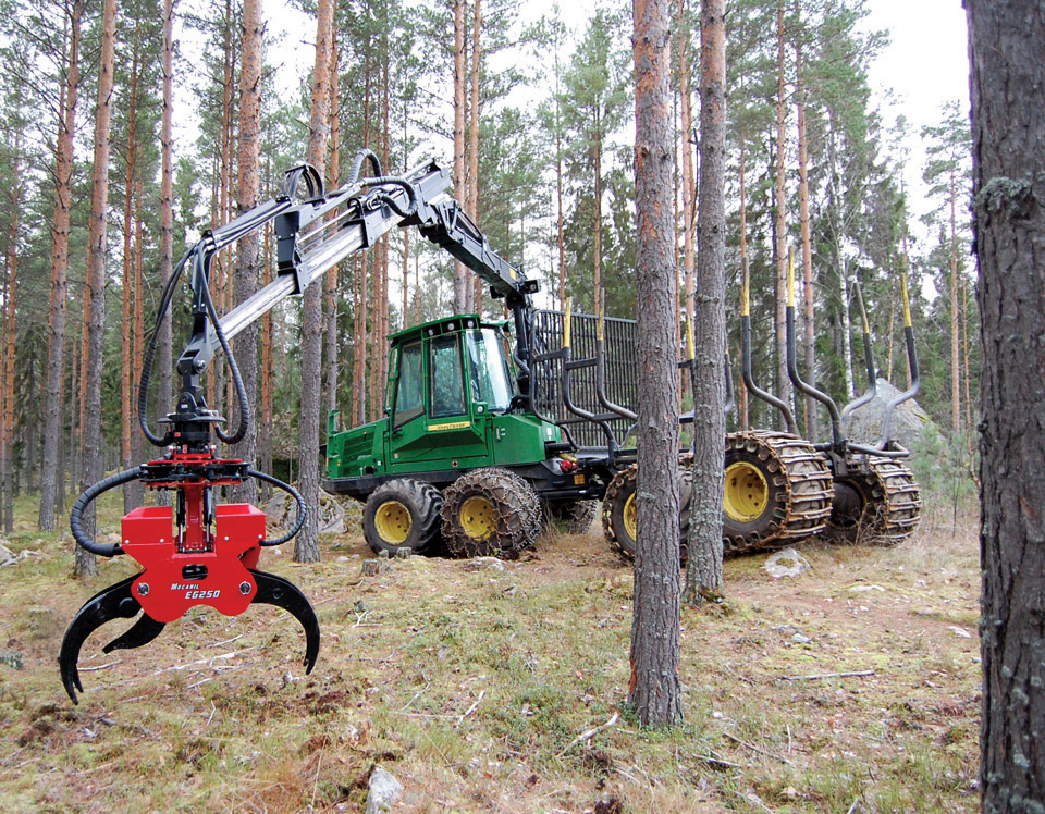 Co-operation with John Deere Forestry Oy Ab